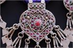 Close up center pendant