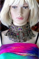 Kuchi choker on manikin