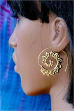 Spiral Earrings on Manikin