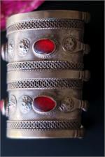 Side view Turkoman cuff