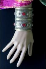 Turkoman bracelet on manikin